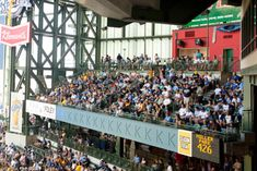 Treat your group of 25-260  to a party in the Dew Deck, which includes an all-you-can-eat buffet and a view of the game from one of the most popular party areas in Miller Park. Tickets include a delicious pre-game buffet, which begins when the Miller Park gates open and ends one hour after the first pitch.