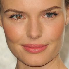 Kate Bosworth wore a soft coral makeup palette when she walked the Vanity Fair party red carpet. Makeup artist Kate Lee used Chanel Rouge Coco Shine Lipshine in Aventure and Chanel powder blush in Orchid Rose to achieve the look.