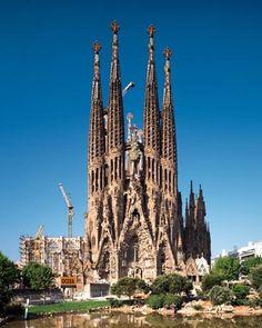 Sagrada Família is located in Spain. English: church - Spanish: la iglesia