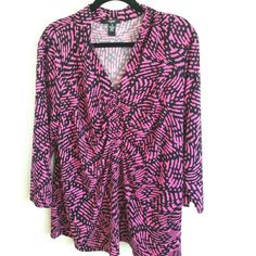 Alfani Plus Size 3X Pink & Black Print Top This Alfani Plus Size 3X Fuchsia Pink & Black Print Top is in great used condition. Stretchy with a V neck and some ruching down the front middle panel. 3/4 length sleeves. Bust measures 24 inches across laying flat, measured from pit to pit, so 48 inches around. 29 inches long. ::: Bundle 3+ items from my closet and save 30% off when you use the app's Bundle feature! ::: No trades Alfani Tops