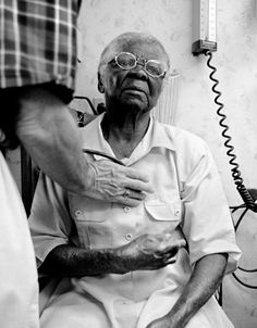 Presentation of Illness in Older Adults.If you think you know what you're looking for, think again.  Article from American Journal of Nursing.  Pinned by ottoolkit.com your source for geriatric OT resources.