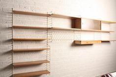 :: Nisse Strinning's String Shelving System ::