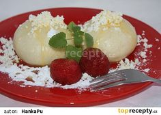 Kynuté jahodové knedlíky Camembert Cheese, Ice Cream, Eggs, Pudding, Breakfast, Ethnic Recipes, Desserts, Food, No Churn Ice Cream
