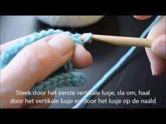 Leer nu eenvoudig Tunisch haken. Heb je snel nek- of schouderpijn van het breien? Dan is Tunisch haken een mooi alternatief. Zo blijf ook jij creatief! Poncho Knitting Patterns, Knitted Poncho, Crochet Patterns, Tunisian Crochet, Diy Crochet, Crochet Hats, Make Your Own Clothes, Song Of Style, Crochet Videos