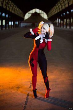 Goddess of Cosplay: beautiful Enji Night as Harley Quinn from Batman.