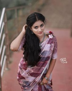 Beautiful Girl Indian, Beautiful Girl Image, Beautiful Saree, Cute Beauty, Beauty Full Girl, Beauty Women, Cute Couples Photography, Beauty Forever, Saree Photoshoot