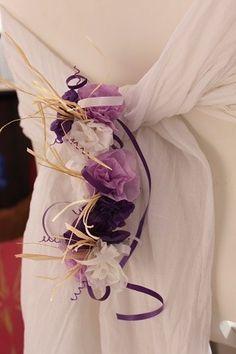 Decoration de tables de mariage, fleurs en papier de soie de ma propre création - Décoration de chaise, noeud de chaise