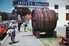 Franschhoek ,1970   Huguenot Rd. before the town became 'gra…   Flickr
