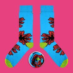 Model: Błękitne skarpety z czerwonym kwiatem Seria: The Beast from the East [|] #cupofsox #skarpetki #skarpetka #socks #sock #womensocks #mensocks #koloroweskarpetki [|]