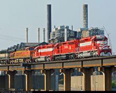 RailPictures.Net Photo: TRRA 3004 Terminal Railroad Association of St. Louis EMD SD40-2 at Saint Louis, Missouri by Mike Mautner