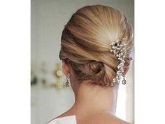 Peinado de novia con cabello lacio con tocado / peinado para novia / boda