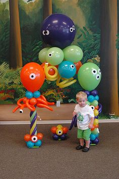 Monster Balloon Arch WHAT?! how stinking cute!