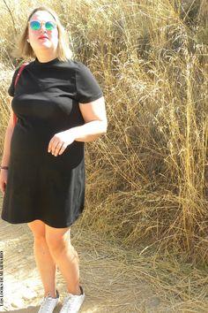 CURVY Girl· Trendy Curvy - Plus Size Fashion Blog Trendy Curvy LBD negro @asoscurves Vestido negro con sneakers. LOOKS CON LBD #loslooksdemiarmario #LBD #lookverano #vestidonegro #sneakers #lookotoño #lookcasual #asos #looksportchic #tallagrande #curvy #plussize #curve #fashion #blogger #madrid #bloggercurvy #personalshopper #curvygirl