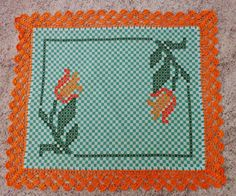 Discover thousands of images about Anelore Stadelhofer Maschke Embroidery Needles, Hand Embroidery, Embroidery Designs, Bordado Tipo Chicken Scratch, Chicken Scratch Embroidery, Cross Stitch Borders, Recycled Fabric, Bargello, Filet Crochet