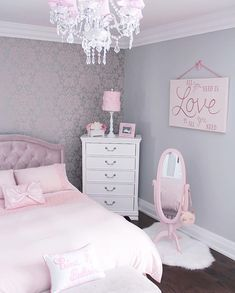 Pink is the perfect colour for girls bedroom! Discover more pink inspirations with Circu furniture for kids bedroom: CIRCU. Cool Kids Bedrooms, Girl Bedrooms, Girls Bedroom Pink, Kids Rooms, Kids Bedroom Ideas For Girls, Chandelier Bedroom, Cute Room Decor, Wall Decor, Girl Bedroom Designs