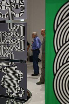 Montage exposition Julio Le Parc - Hermès Editeur Museum Der kulturen- Bäle