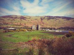 Fabulous photo of Lochranza Castle taken by Robert Somynne