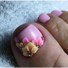 Glitter Toe Nails, Gel Toe Nails, Acrylic Toe Nails, Acrylic Nail Shapes, Toe Nail Art, Pedicure Designs, Pedicure Nail Art, Toe Nail Designs, Pretty Toe Nails