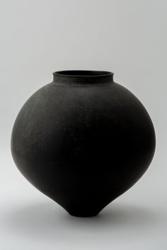 黑 花器K | Works | 安齊賢太 | panorama