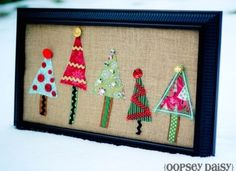 Burlap Christmas Tree Craft. Make it way larger for above the fireplace