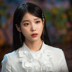 Korean Actresses, Korean Actors, Korean Girl, Asian Girl, Kdrama, Iu Twitter, Iu Hair, Luna Fashion, Pretty Asian