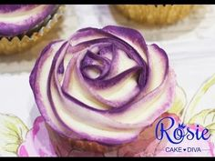 ▶ Two-Tone Buttercream Rose Cupcake Tutorial - YouTube Update: did with yellow, blue and red to create a rainbow effect, very cool!