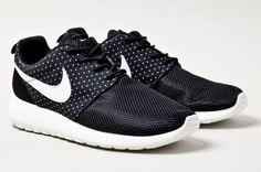 Nike Roshe Run - Night Snow