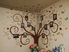 Ideas Family Tree Wall Ideas Picture Frames Photo Displays For 2019 Tree Design On Wall, Tree Wall Art, Wall Art Decor, Wall Decorations, Wall Design, Design Design, House Design, Family Tree Mural, Family Trees
