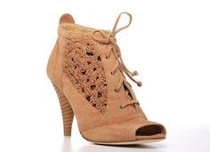 Crochet en los zapatos tacon peep toe