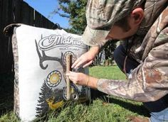 How to Tune Your Bow: 15 Steps to Perfect Arrow Flight Bow Hunting Deer, Turkey Hunting, Archery Hunting, Hunting Stuff, Hunting Gear, Archery Tips, Bow Hunter, Archery Equipment, Bowfishing