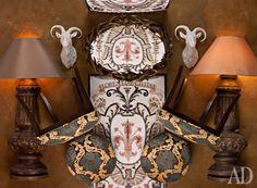 Сверху вниз: зеркало Antler, оленьи рога, Halo; головы горных козлов, фарфор, Emile Marqu; светильники, металл, текстиль, Mis en Demeure, стулья Montrose, дерево, текстиль, Clock House Furniture