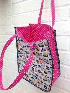Best Of Diy tote Bag Tutorial Quilted Purse Patterns, Purse Patterns Free, Bag Pattern Free, Bag Patterns To Sew, Pattern Sewing, Handbag Patterns, Patchwork Bags, Quilted Bag, Pattern Ideas