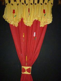Gorden Tenun Poni kode GPN003, Ukuran standar L : 135 cm T : 200cm.