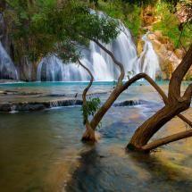 Havasu Creek Waterfall, Arizona Doesn't this look beautiful!