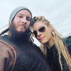 "Gefällt 2,181 Mal, 9 Kommentare - ♕ ʟαgeʀτʜα ➶ ɪvαʀ ♔ (@lagerthas) auf Instagram: ""Morning  (:@brianjj666) #Vikings5"""