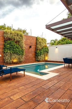 Small Backyard Pools, Small Pools, Swimming Pools Backyard, Modern Landscaping, Pool Landscaping, Brazil Houses, Scandinavian Garden, Pool Water Features, Outside Patio