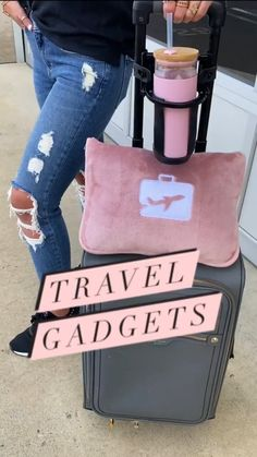 Travelling Tips, Packing Tips For Travel, Travel List, Travel Essentials, Travel Bags, Traveling, Travel Items, Travel Gadgets, Zelt Camping