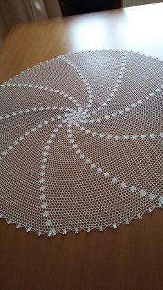 Filet Crochet Charts, Crochet Shawl, Crochet Doilies, Chunky Girls, Feather, Crochet Patterns, Rugs, Crafts, Ebay
