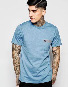 Imagen 1 de Camiseta entallada con estampado de lunares y ribete de cuadros guinga en azul de Fred Perry