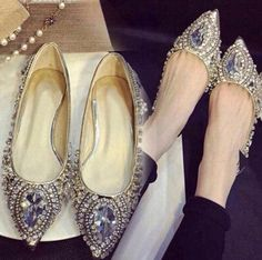 Fashion Crystal Rivet Leather Silver Flat Women Pointed Ladies Flats Shoes