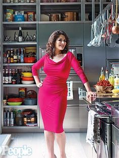 Nigella Lawson: Inside Her Kitchen.  The most gorgeous woman.  I aspire to look this ravishing at 53 or any age for that matter.  To have such a gusto for life and food.......