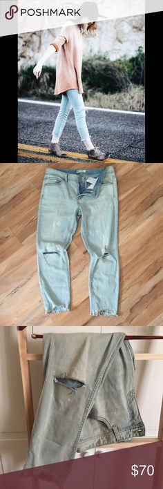BNWT Free People - Lt Blue Destroyed Ankle Skinny Distressed skinny crop jeans with destroyed tears at each knee. 5-pocket style. Zipper and button fly closure. Bottom hems are raw edge and lightly frayed. Stretchy fit. Cotton Spandex blend. Still available on FP site! Free People Jeans Skinny