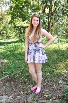 Oi meninas, tudo bom? Como disse no twitter pra vocês, domingo (07/08/11)fuino Parque Villa-Lobos e vou mostrar o look que eu estava usando:  Vestido florido – Espaço Fashion...