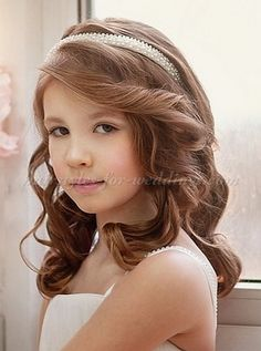 flower girl hairstyle with headband
