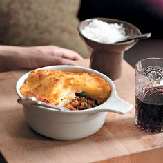 This shepherd's pie is perfect for winter and it's a dish the whole family will enjoy! Get the recipe online at Food & Home.