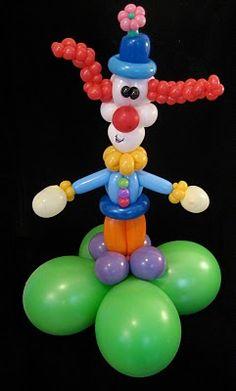 ClownCenterpiece.jpg 241×400 pixels