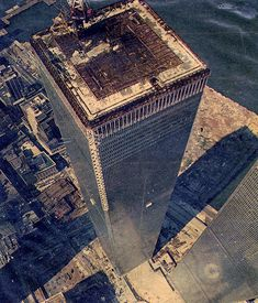 Here it is, the MEGA WTC picture thread where all pictures of the WTC pre are posted and we remember the Twin Towers. World Trade Towers, World Trade Center Nyc, Trade Centre, Famous Buildings, Famous Landmarks, 11. September, I Love Nyc, Amazing Architecture, Aerial View
