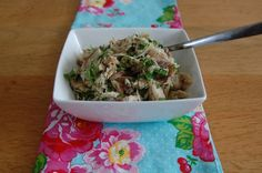 Makreelsalade-small Fish And Meat, Food Inspiration, Salad Recipes, Seafood, Oatmeal, Rice, Pasta, Lunch, Snacks
