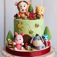Who has seen the new Christopher Robin movie? 💕 Winn… Who has seen the new Christopher Robin movie? 💕 Winnie the Pooh cake by Lisa Martin. Baby Cakes, Baby Shower Cakes, Baby Birthday Cakes, Birthday Cookies, Winnie The Pooh Cake, Winnie The Pooh Birthday, Disney Cakes, Disney Food, Fondant Cakes