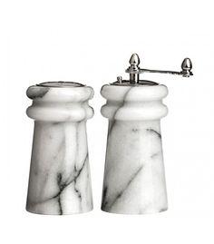 There is always room for more marble. A wonderful centrepiece on your table, the traditional white marble salt shaker and pepper mill set will bring a sense of elegance to the occasion. Salt Pig, Salt And Pepper Mills, Cutlery Set, Le Moulin, Glass Containers, Home Living, Salt Pepper Shakers, White Marble, Traditional Design